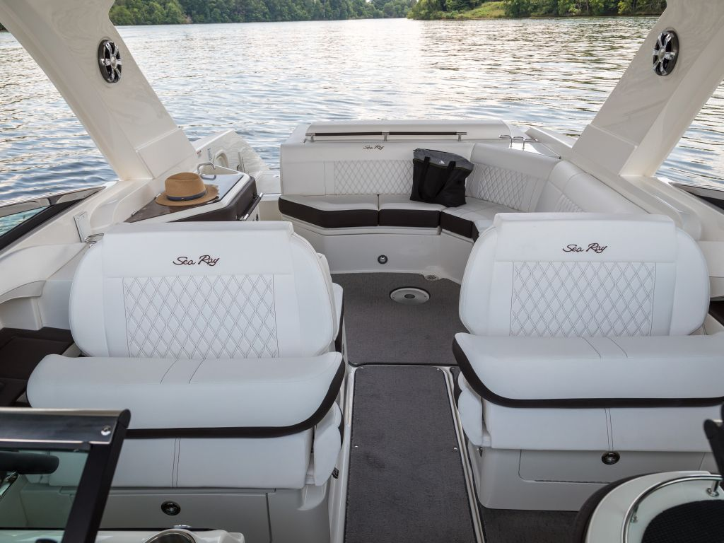 2022 Sea Ray boat for sale, model of the boat is 310slx & Image # 2 of 6