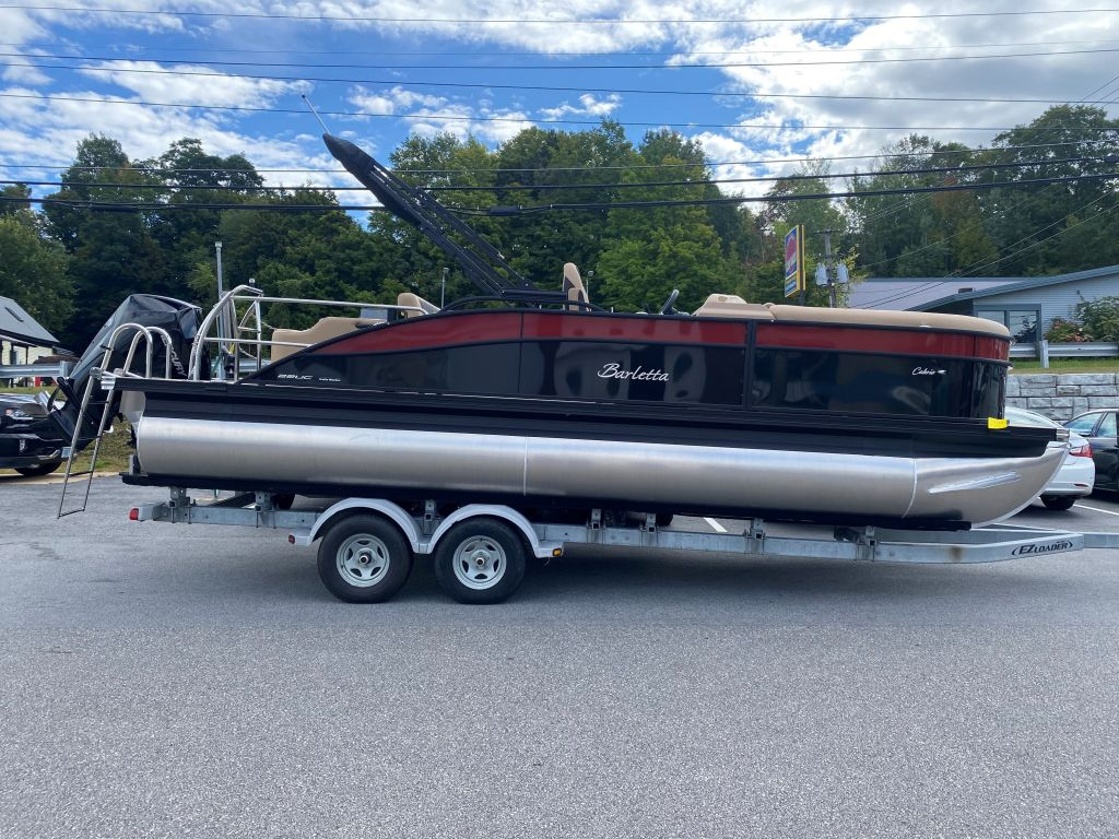 2022 Barletta boat for sale, model of the boat is C22UC & Image # 2 of 12
