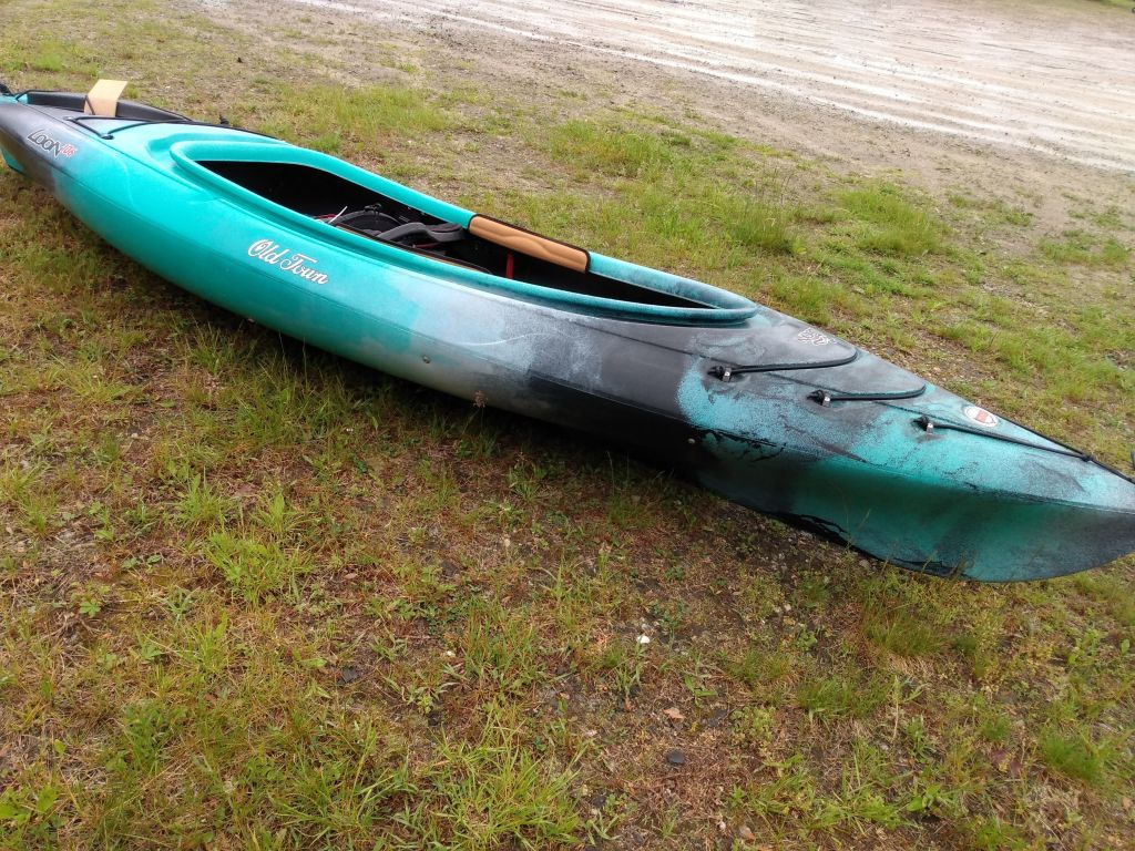 2022 Old Town boat for sale, model of the boat is LOON 106 M/L & Image # 1 of 5