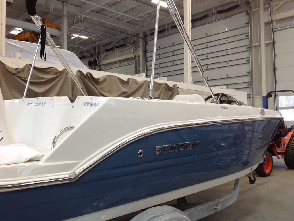 2022 Stingray boat for sale, model of the boat is 172sc & Image # 2 of 17