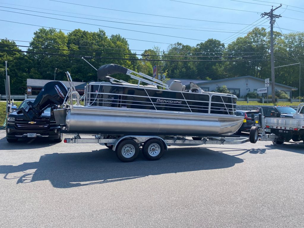 2022 Berkshire Pontoons boat for sale, model of the boat is 22RFX LE & Image # 2 of 6