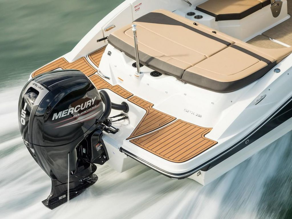 2019 Sea Ray boat for sale, model of the boat is SPX 210 OB & Image # 1 of 16