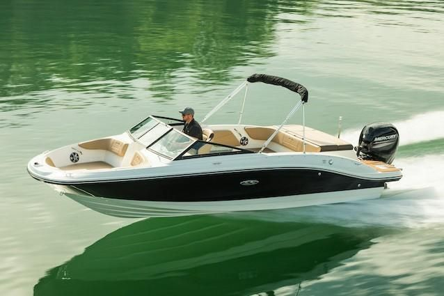2019 Sea Ray boat for sale, model of the boat is SPX 210 OB & Image # 6 of 16