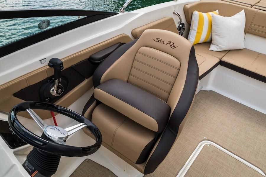 2019 Sea Ray boat for sale, model of the boat is SPX 210 OB & Image # 12 of 16