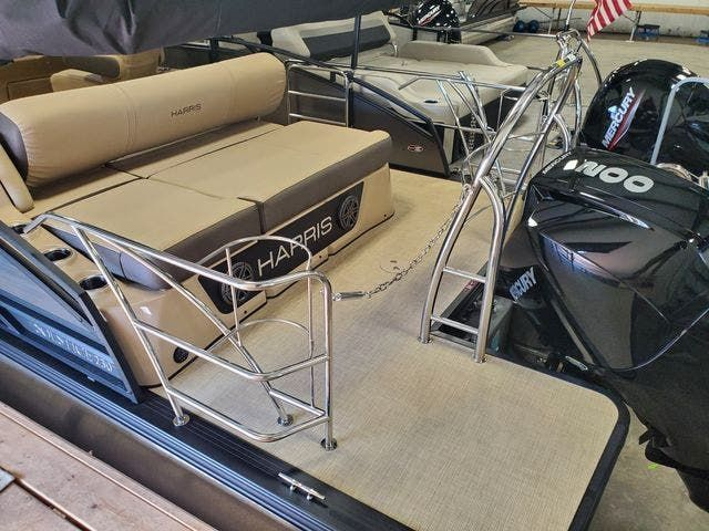 2021 Harris boat for sale, model of the boat is 230SOL/SL/TT & Image # 2 of 8