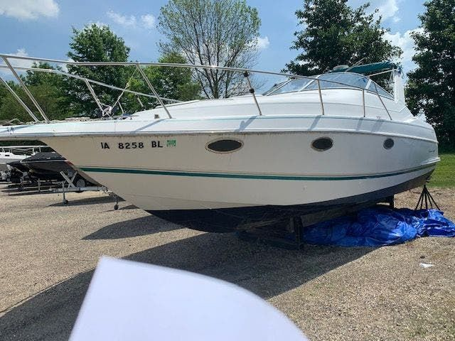 1993 Chris Craft boat for sale, model of the boat is 302 CROWNE & Image # 2 of 22