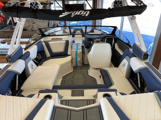 2021 Tige boat for sale, model of the boat is 20-RZX & Image # 2 of 12