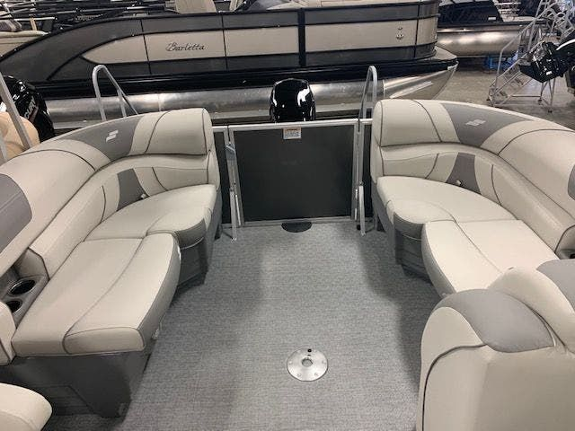 2021 Starcraft boat for sale, model of the boat is EX20R & Image # 2 of 11