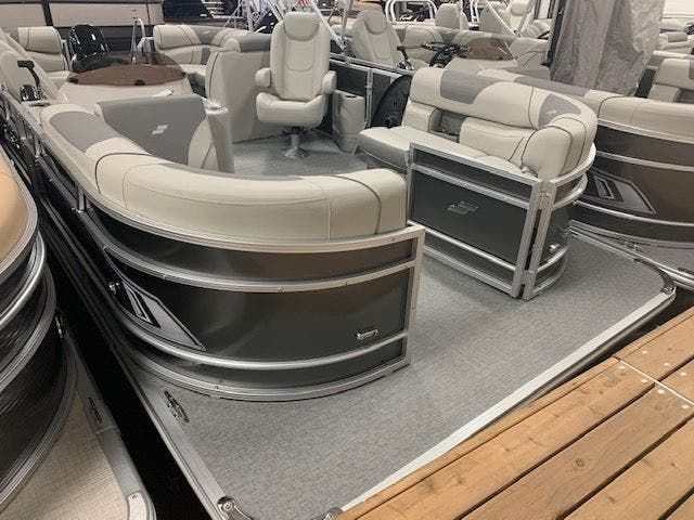2021 Starcraft boat for sale, model of the boat is EX20R & Image # 1 of 11
