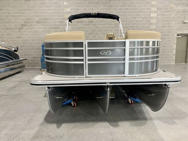 2021 Harris boat for sale, model of the boat is 230Sun/SLDH/TT & Image # 2 of 13