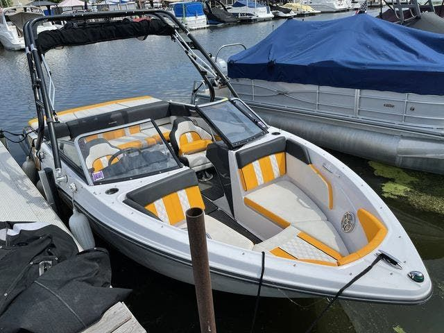 2017 Glastron boat for sale, model of the boat is 205 GTS & Image # 2 of 11