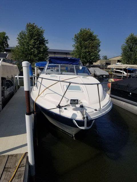 2004 Bayliner boat for sale, model of the boat is 285SB & Image # 2 of 23