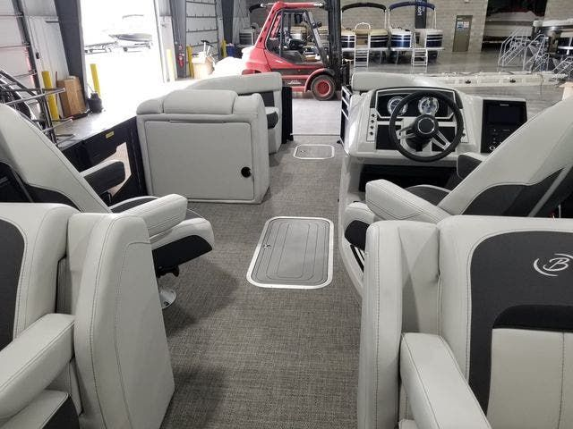 2022 Barletta boat for sale, model of the boat is Corsa23QCSSTT & Image # 2 of 23