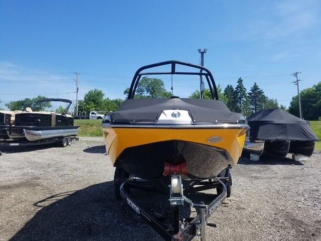 2014 Scarab boat for sale, model of the boat is 195 HO & Image # 2 of 27
