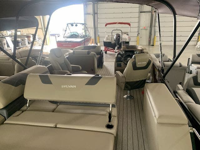 2022 Sylvan boat for sale, model of the boat is L3CLZDH & Image # 2 of 9