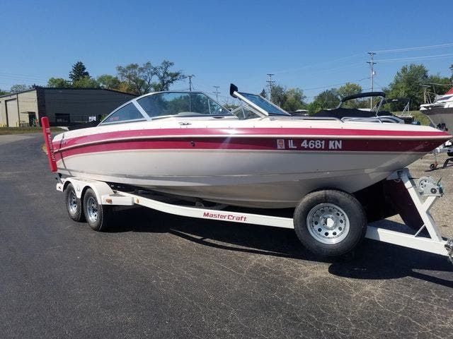 1998 Mastercraft boat for sale, model of the boat is 225VRS & Image # 1 of 36