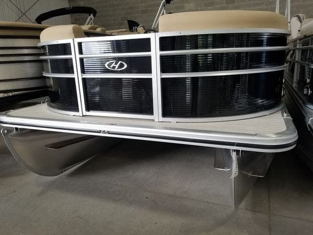 2022 Harris boat for sale, model of the boat is 210CX/CS & Image # 1 of 16