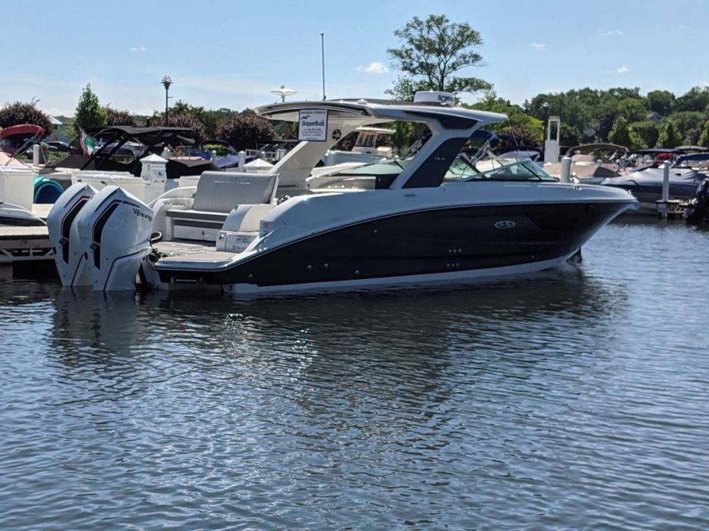 2020 Sea Ray boat for sale, model of the boat is 350SLX/R & Image # 1 of 16