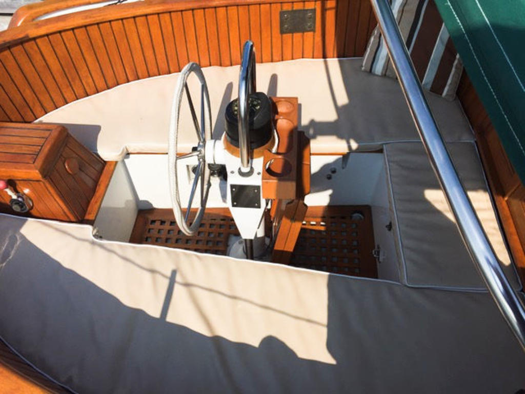 1984 Union boat for sale, model of the boat is 36 Cutter & Image # 6 of 21