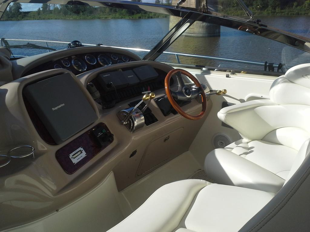 2001 Sea Ray boat for sale, model of the boat is Sundancer 380 & Image # 7 of 13