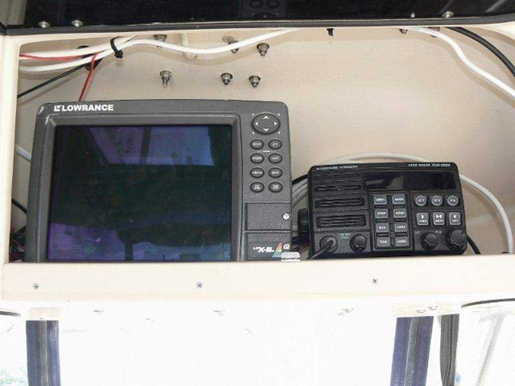 2003 Grady-White boat for sale, model of the boat is Marlin 300 & Image # 5 of 8