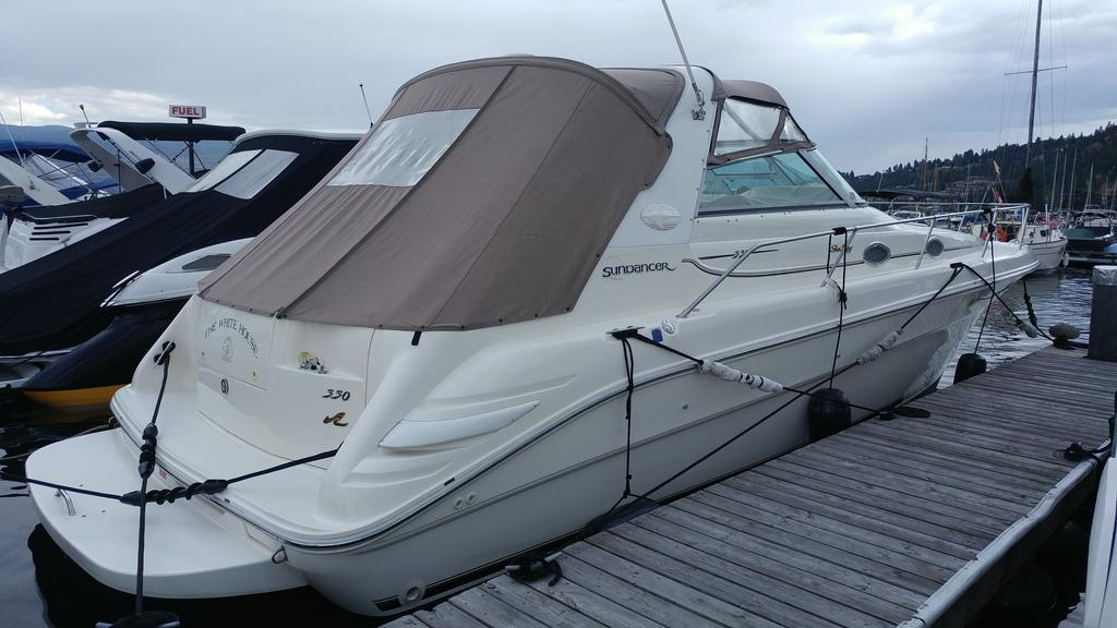 1996 Sea Ray boat for sale, model of the boat is 330 Sundancer DA & Image # 4 of 15