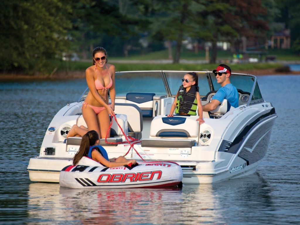 2016 Chaparral boat for sale, model of the boat is 223 VORTEX VR & Image # 15 of 25