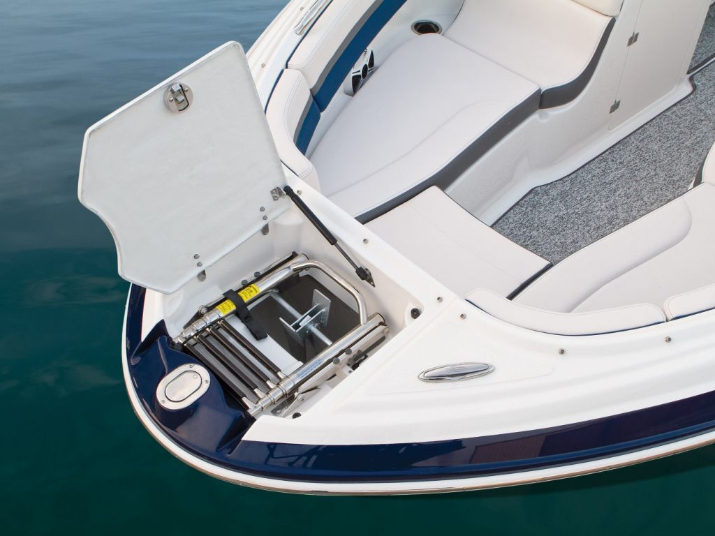 2016 Chaparral boat for sale, model of the boat is 223 VORTEX VR & Image # 18 of 25