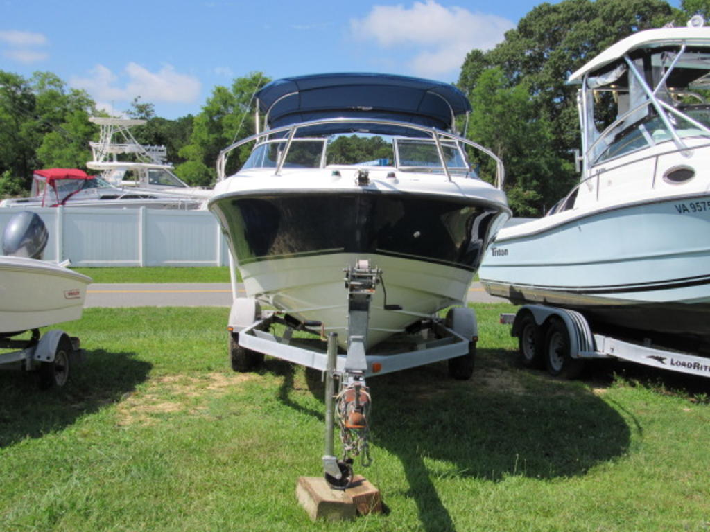 2008 Bayliner boat for sale, model of the boat is 210 Discovery & Image # 5 of 31