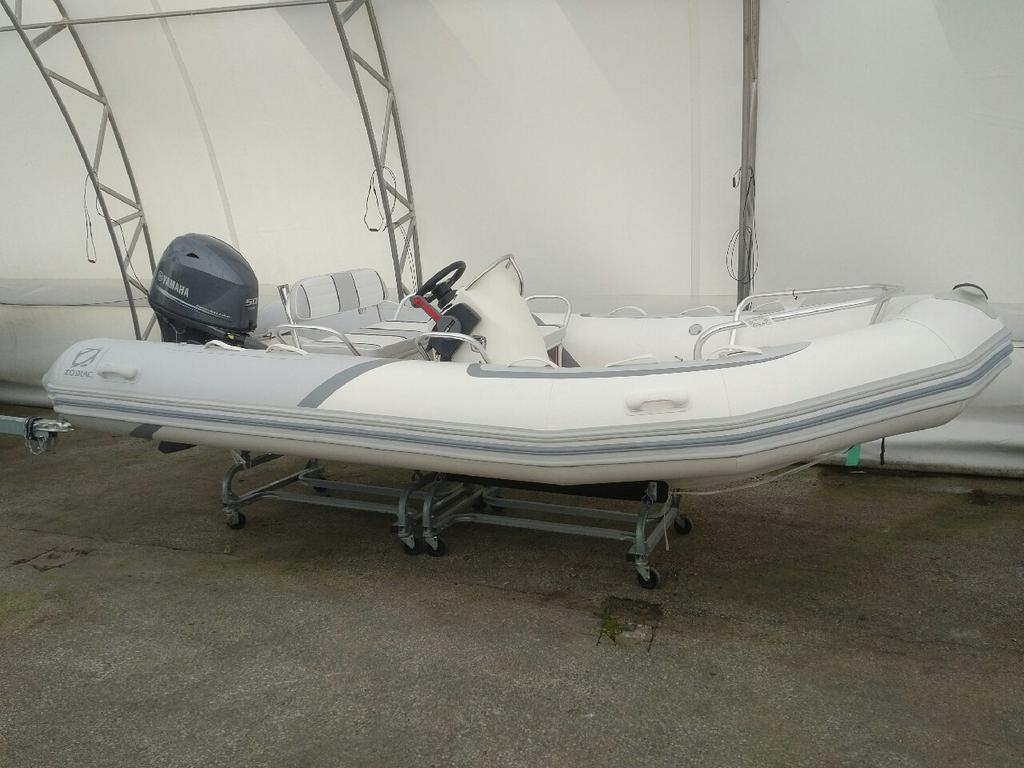 2018 Zodiac boat for sale, model of the boat is Bayrunner 500 Hypalon & Image # 1 of 4