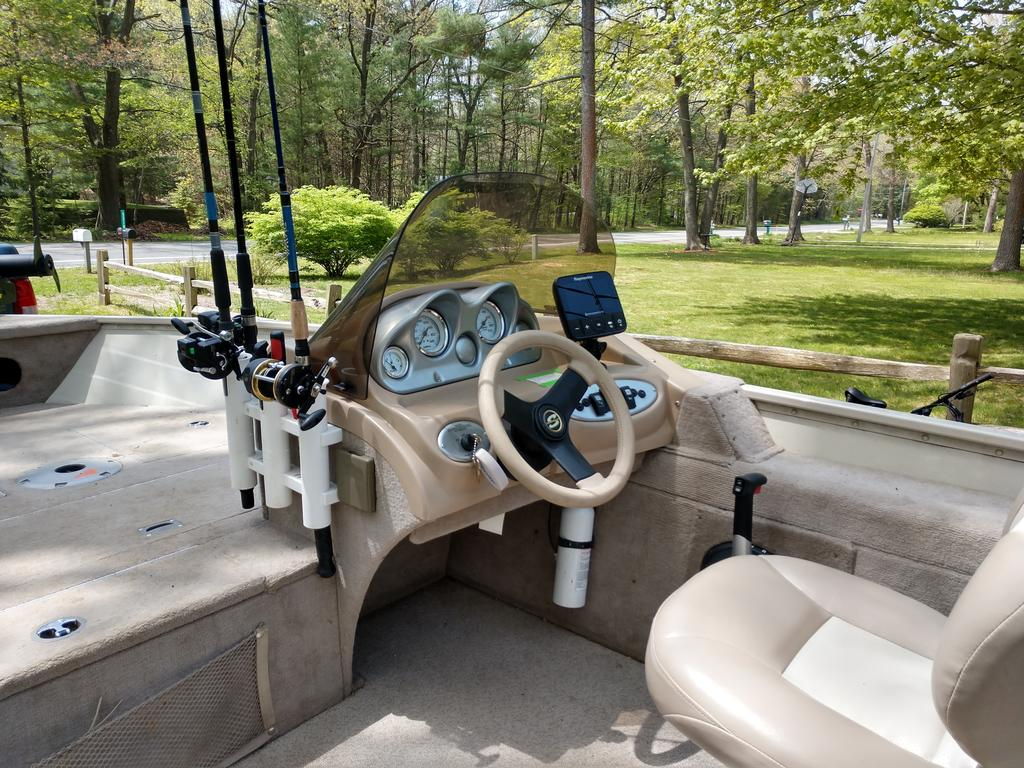 2008 Smoker Craft boat for sale, model of the boat is 161 Pro Angler & Image # 4 of 11