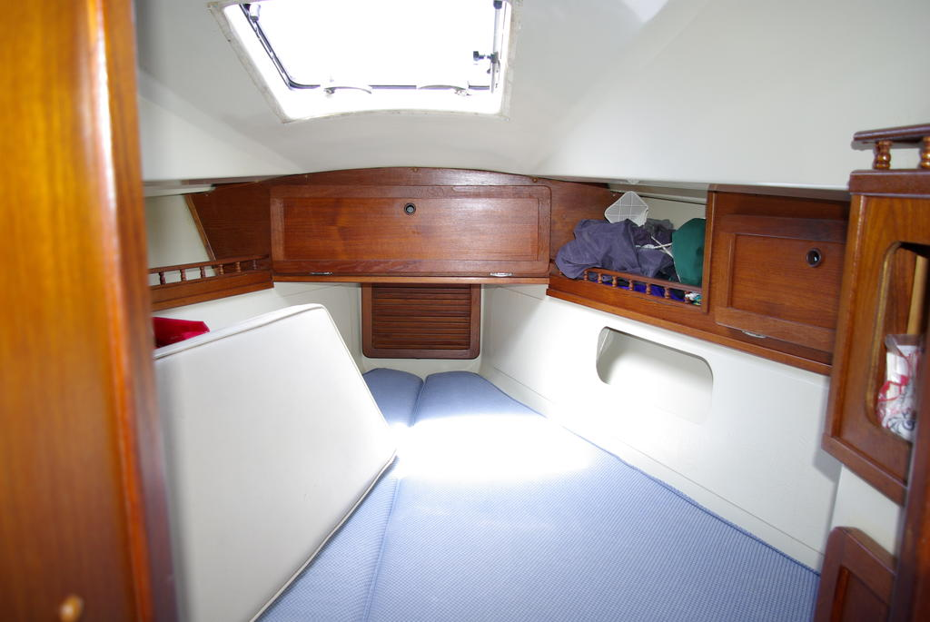 1982 Mirage boat for sale, model of the boat is 33 Sloop & Image # 12 of 15