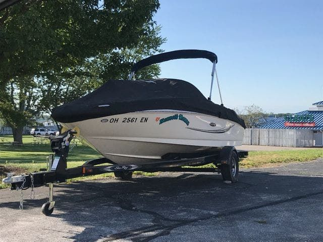 2010 Sea Ray boat for sale, model of the boat is 175 SPORT & Image # 1 of 15