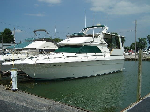 1989 Sea Ray boat for sale, model of the boat is 380AC & Image # 2 of 37