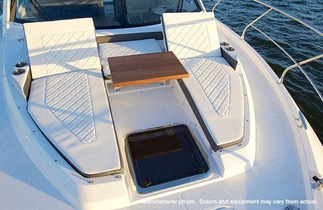 2021 Cruisers Yachts boat for sale, model of the boat is 42CANTIUS & Image # 2 of 11