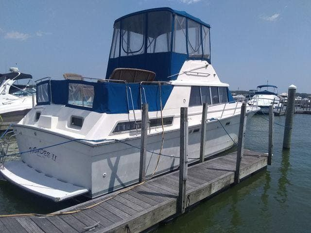 1989 Silverton boat for sale, model of the boat is 40 AFT CABIN & Image # 1 of 39