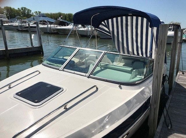 2016 Chaparral boat for sale, model of the boat is 225 SSI & Image # 2 of 8