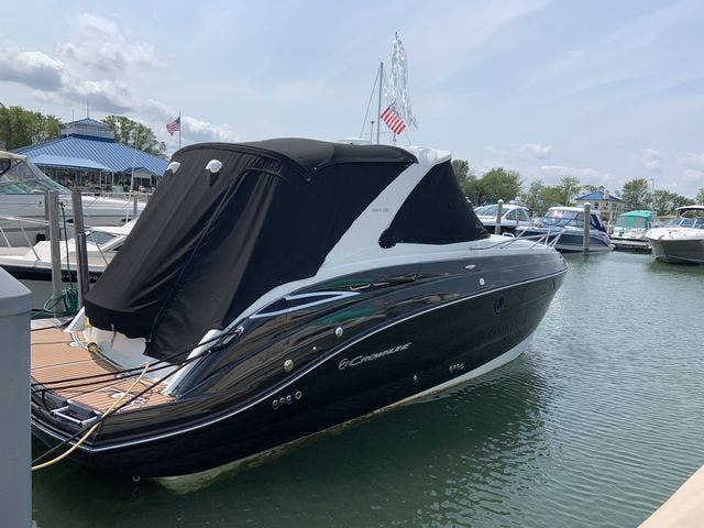 2015 Crownline boat for sale, model of the boat is 294 CR & Image # 2 of 18