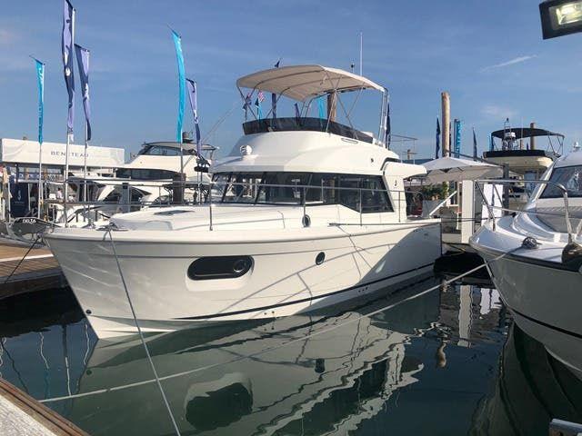 2019 Beneteau Swift Trawler boat for sale, model of the boat is SwiftTrawler 35 & Image # 1 of 17