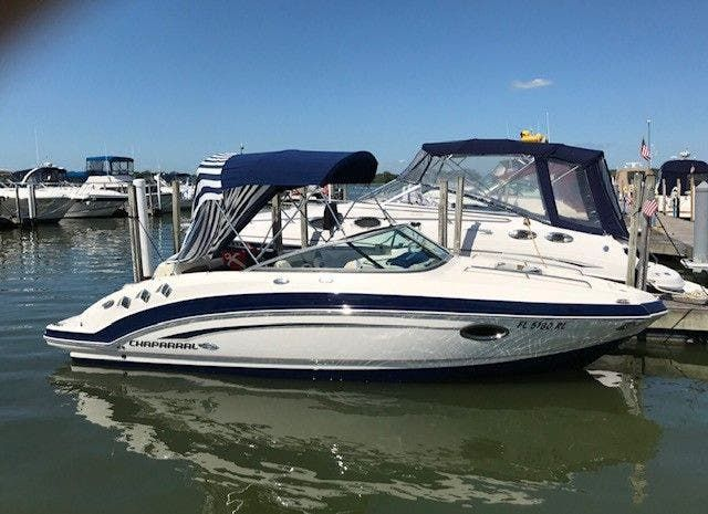 2016 Chaparral boat for sale, model of the boat is 225 SSI & Image # 1 of 8