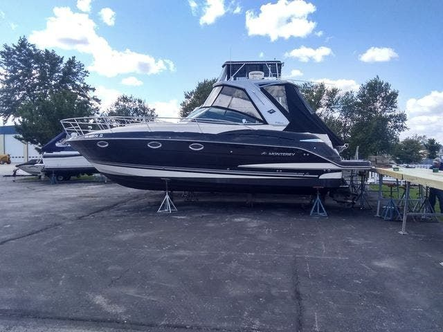 2012 Monterey boat for sale, model of the boat is 340 SPORT YACHT & Image # 2 of 54