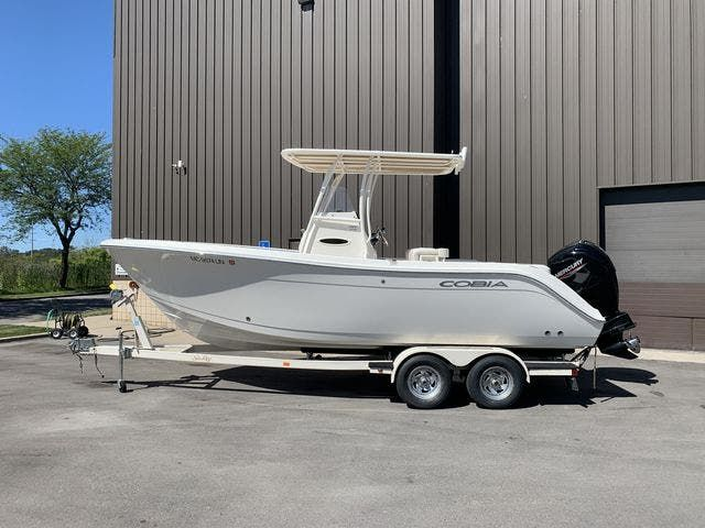 2020 Cobia boat for sale, model of the boat is 220CC & Image # 1 of 12