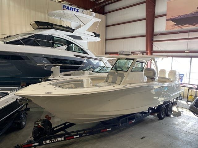2021 Scout boat for sale, model of the boat is 330LXF & Image # 1 of 15