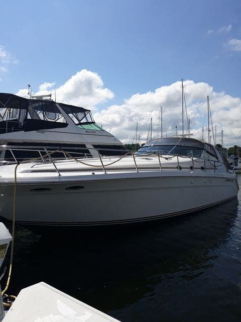 1997 Sea Ray boat for sale, model of the boat is 50' SUNDANCER & Image # 1 of 67
