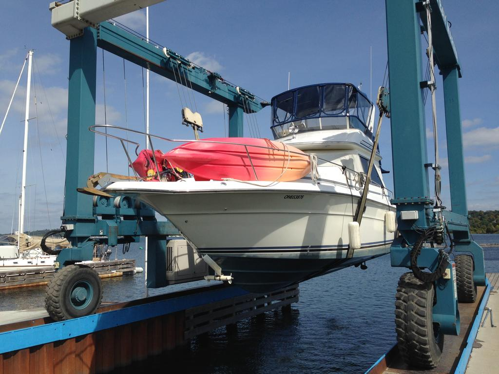 1989 Sea Ray boat for sale, model of the boat is 340 / 345 Sedan Bridge & Image # 51 of 52