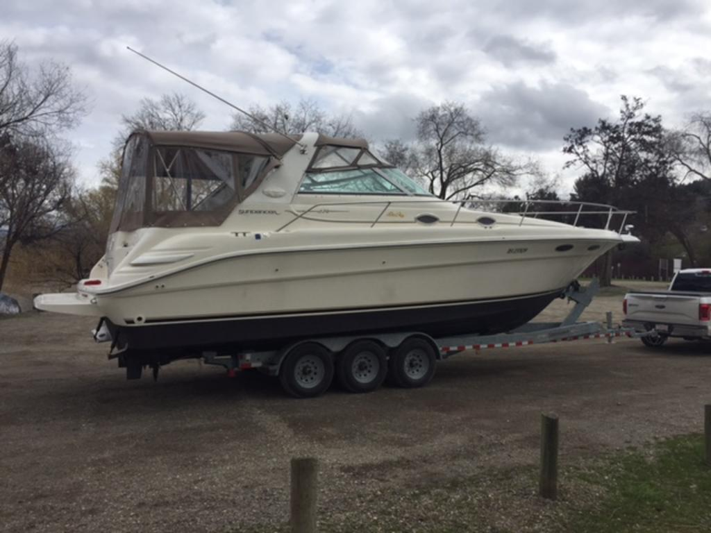 1996 Sea Ray boat for sale, model of the boat is 330 Sundancer DA & Image # 5 of 15