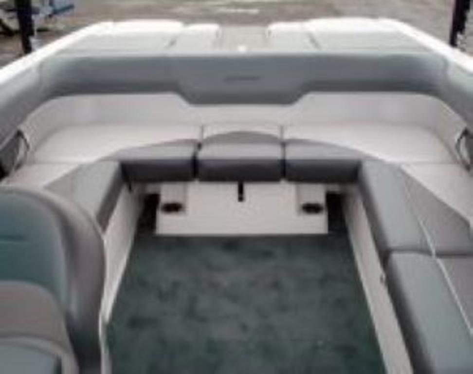 2014 Moomba boat for sale, model of the boat is Mobius LSV & Image # 10 of 16