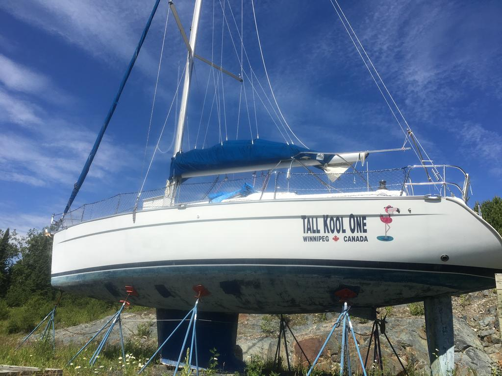 2005 Beneteau boat for sale, model of the boat is Cyclades 43.3 & Image # 1 of 21