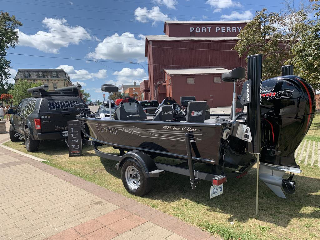 2019 Lund boat for sale, model of the boat is 1875 Pro-V Bass & Image # 4 of 10