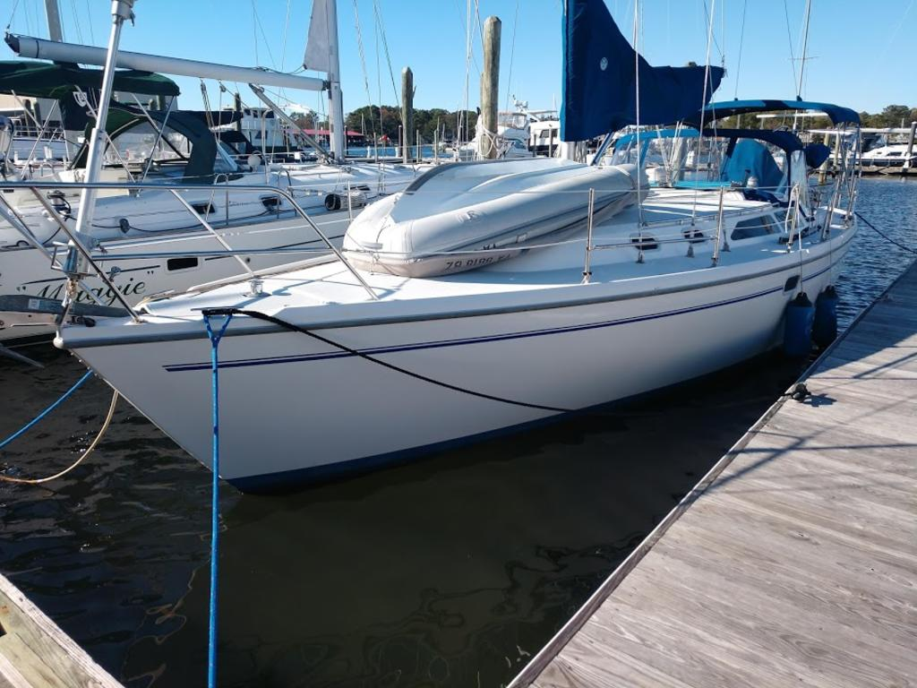 2000 Catalina Yachts Cruiser Series boat for sale, model of the boat is 36 MKII & Image # 11 of 12